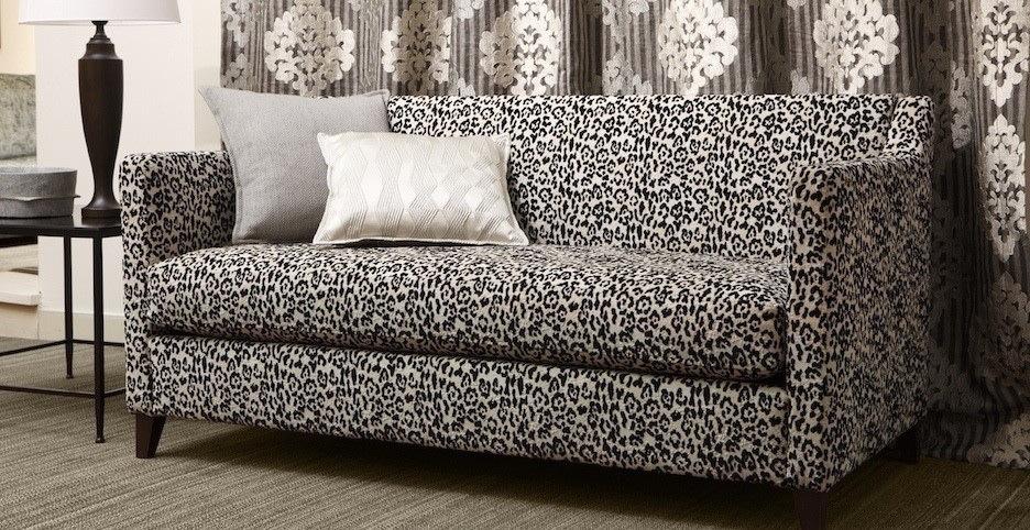 canap s literie tapissier dinan atelier jean val ry tapisserie d 39 ameublement d coration d. Black Bedroom Furniture Sets. Home Design Ideas